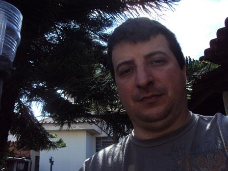 201076