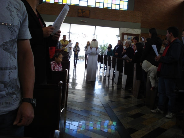 20130526_013-eucaristia