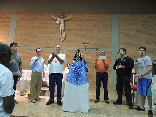 20150531_005-coroacao_n_sra_terco_dos_homens