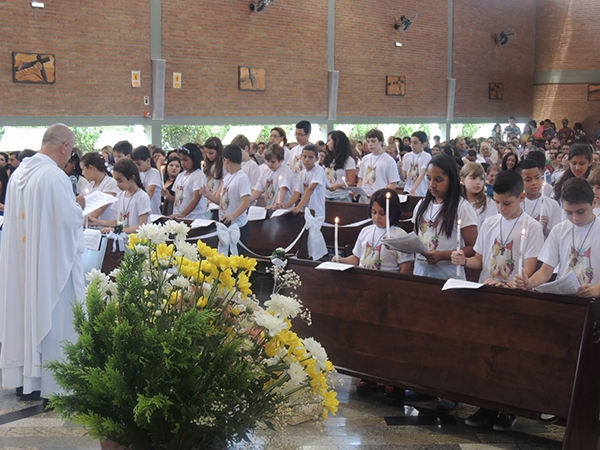 20151122_006-primeira_eucaristia